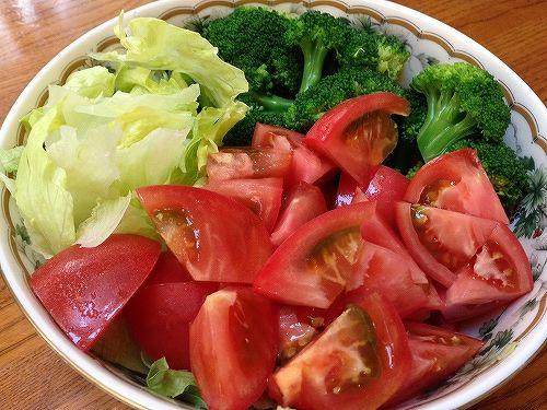 福島の有機野菜のサラダ