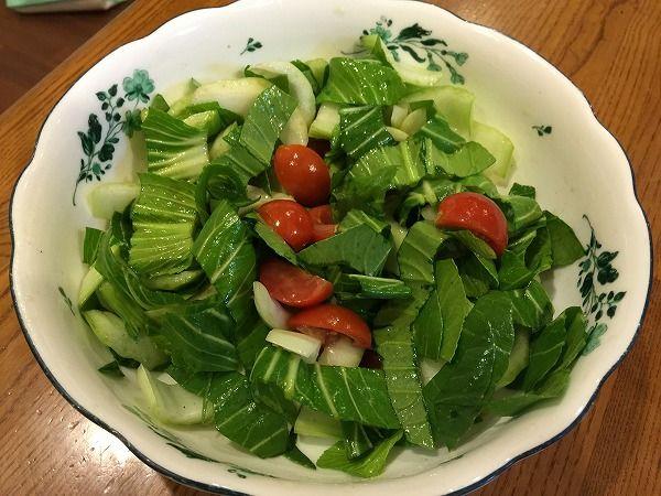 チンゲン菜とトマトのサラダ~野菜宅配まとめ